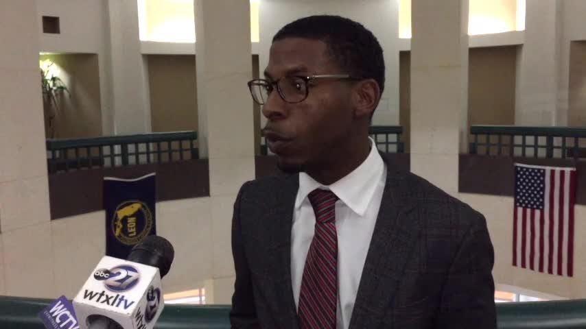 Lawyer Mutaqee Akbar talks about his client Vincent Crump's case