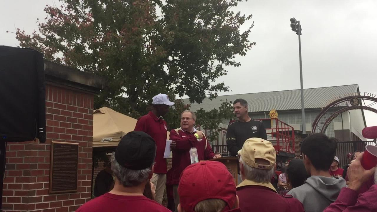 The former Heisman winner and FSU tight end addressed a crowd before the Seminoles took on the Gators Saturday afternoon.