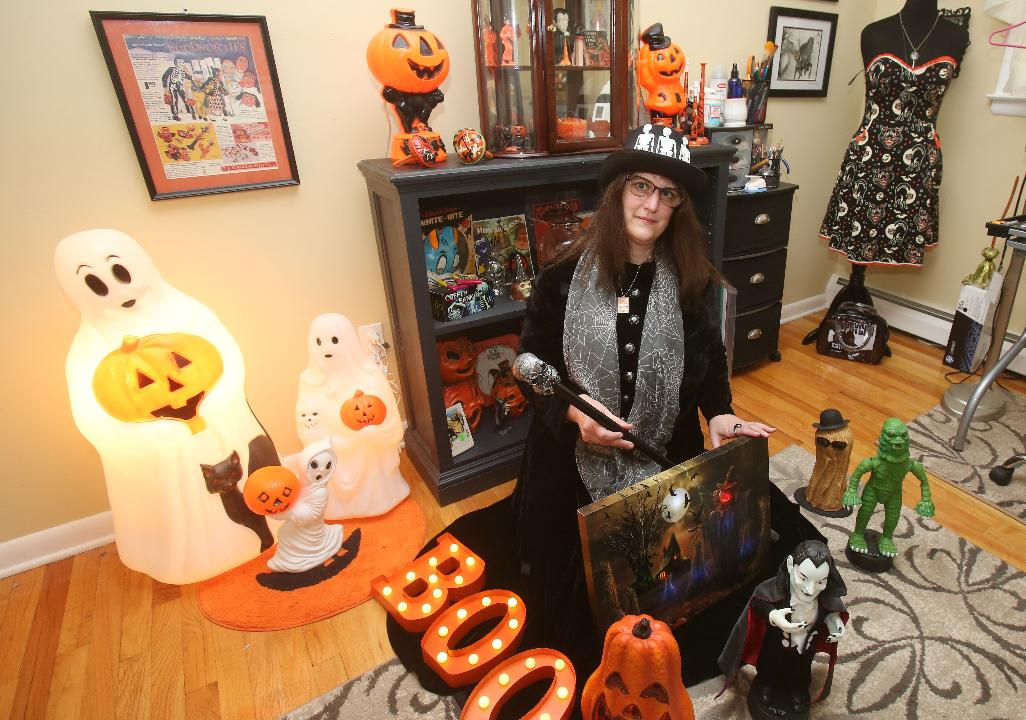 "Donna Davies is the self-proclaimed ""Queen of Halloween"" loves Halloween and celebrates it each year in style."