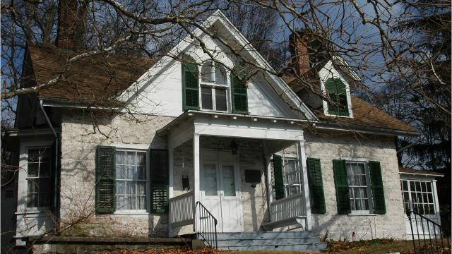 Some of Kingston's most prominent residents have lived in the Moses Yeomans House, built in the early 18th century. Video by Barbara Gallo Farrell/Poughkeepsie Journal