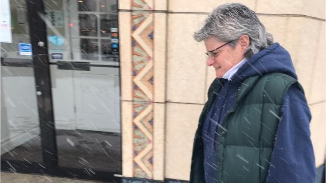 Poughkeepsie residents react to intensifying snow