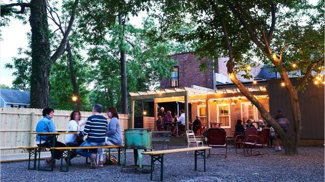 With spring here and summer not far behind, keep this list of outdoor dining spots handy