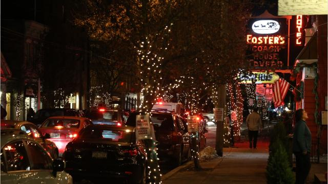 Uptowns, downtowns throughout the Hudson Valley are festive places to shop for the holiday season. Video by Barbara Gallo Farrell/Poughkeepsie Journal