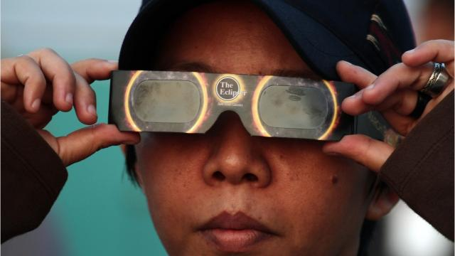 What are NASA's safety tips for viewing the solar eclipse?