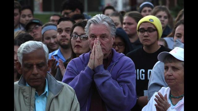 Watch: Reno comes together during vigil for victims of Las Vegas shooting