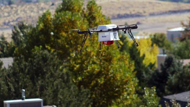 Watch a Flirtey drone deliver a defibrillator | Technobubble