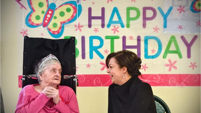 A Talahi Senior Campus resident celebrated her birthday and Christmas with family on Christmas Day.
