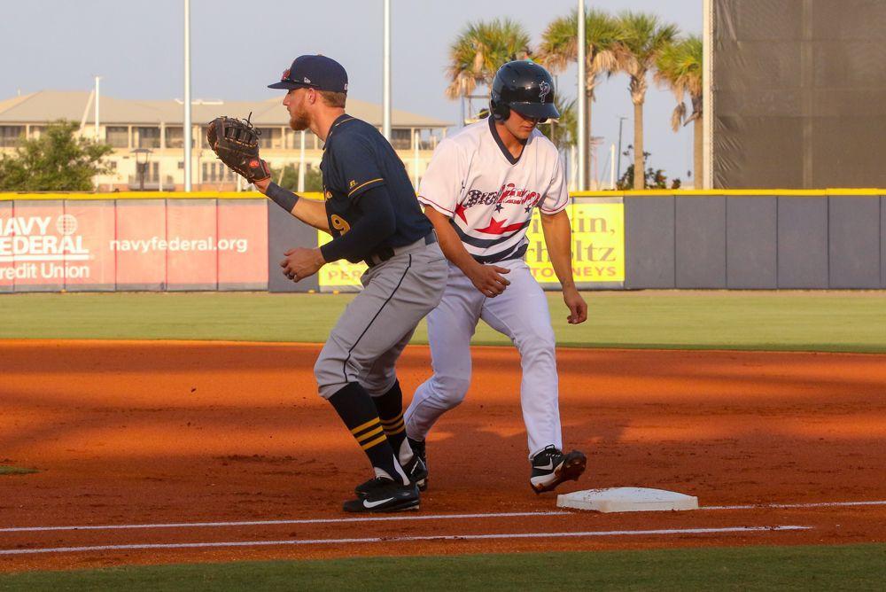 Blue Wahoos Nick Senzel at batting practice
