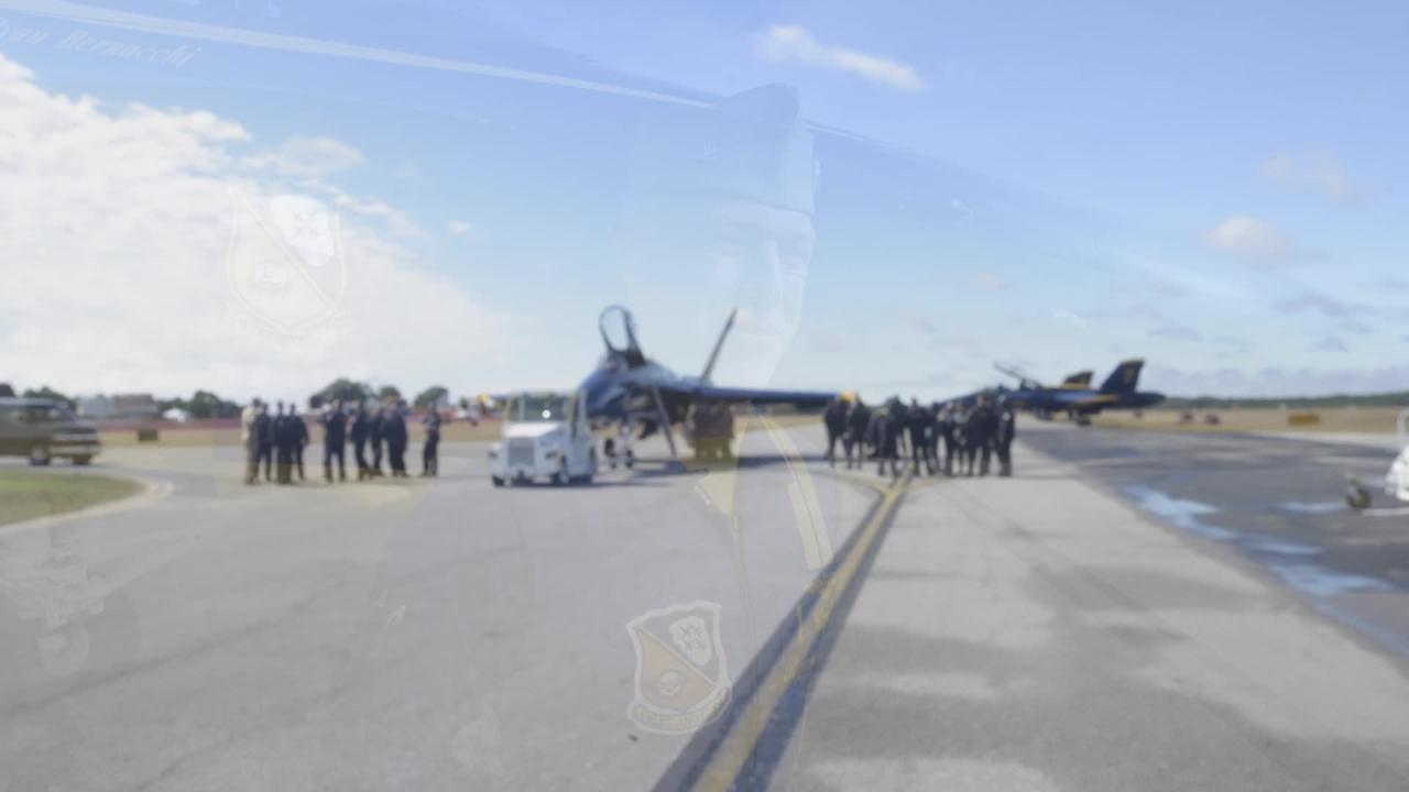 Blue Angels commander praises Pensacola