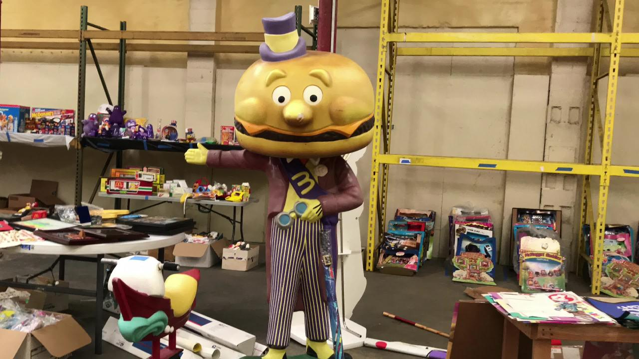 Auction of thousands of pieces of McDonald's memorabilia will benefit Ronald McDonald House Charities of Northwest Florida.