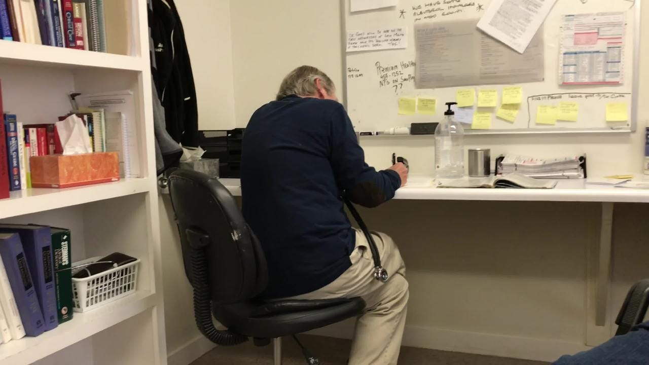 Retired doctors, nurse tend to sick at St. Joseph's Medical Clinic in Pensacola