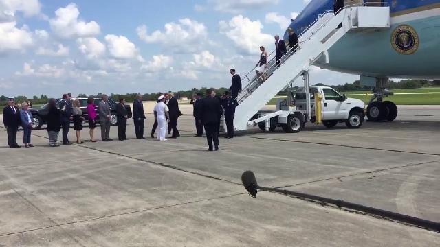 President Trump arrives in Springfield