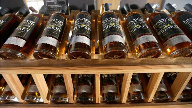 Video: Milwaukee craft distillers roll out the barrel