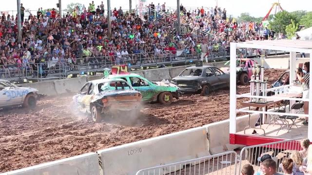 Fond du Lac County Fair demolition derby 2017