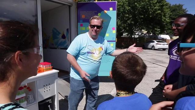 Sheboygan Falls visit of the Curiosity Cube helps foster children's interest in science