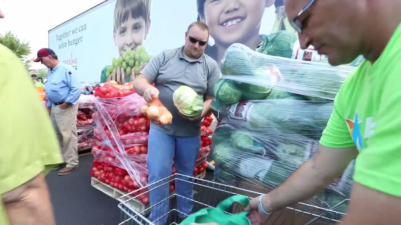 The Salvation Army of Fond du Lac recently teamed up with Feeding America and Alliant Energy to hand out a semi load of food to people in Fond du Lac.