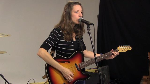 Sound Check: Rebecca and the Grey Notes perform 'Picture of You'
