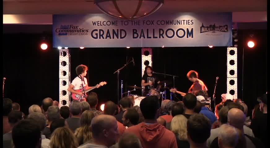 Ron Gallo, Nashville, Tenn., plays during Mile of Music on Thursday, Aug. 3, 2017, in Appleton, Wis.