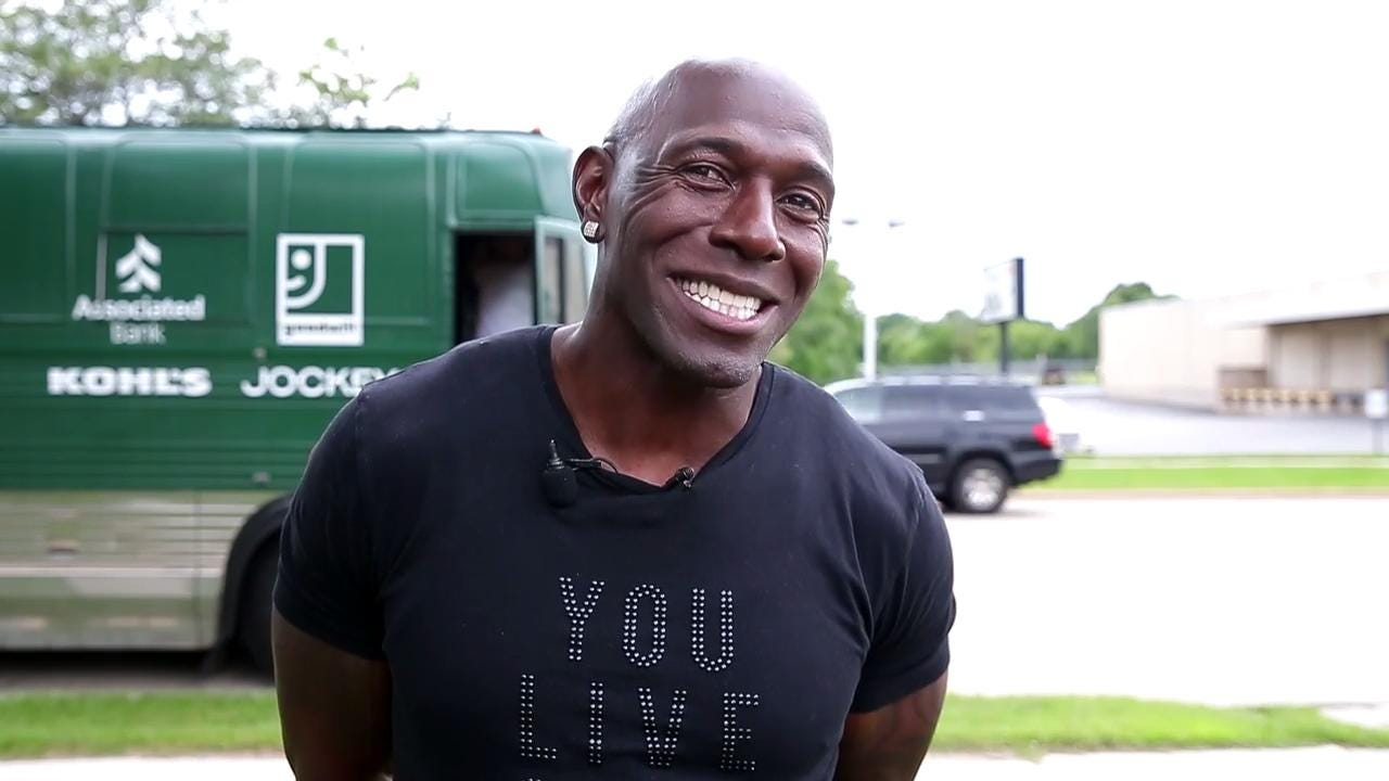 Former Green Bay Packers wide receiver Donald Driver is making stops throughout Wisconsin on his Thank You Fans Tour. He visited the Boys & Girls Club of Greater Green Bay on Aug. 11, 2017.