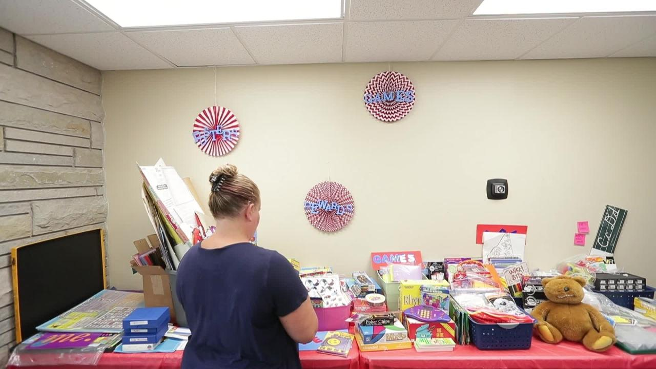 "The Green Bay Education Association has opened a ""Great Room"" where new teachers can select items for their classrooms donated by retiring teachers."