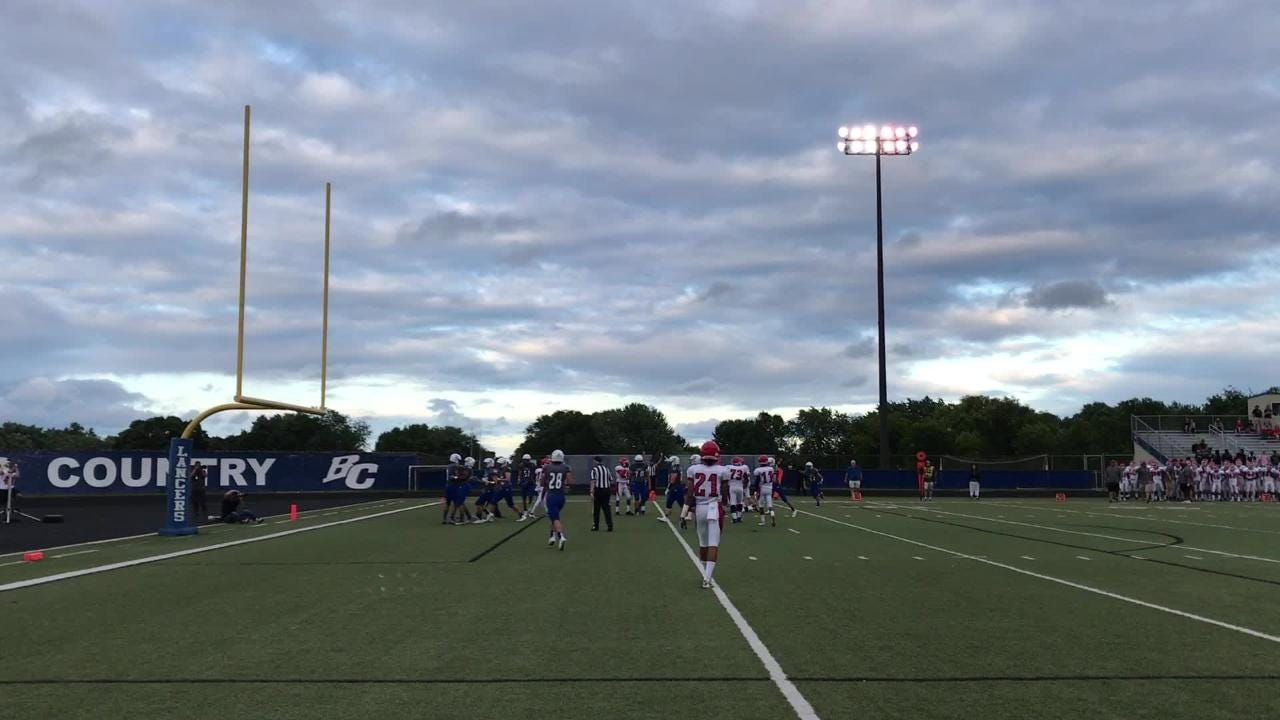 Brookfield Central's Drew Leszczynski throws touchdown pass