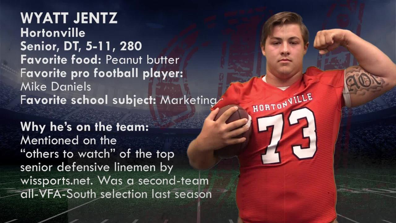 Elite 11: Wyatt Jentz, Hortonville