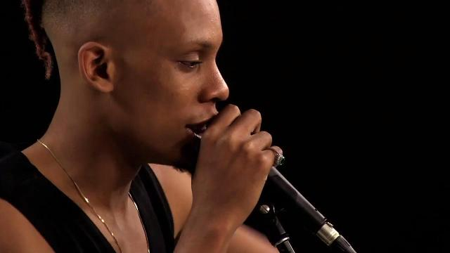 Sound Check: Kane performs 'Watch out'