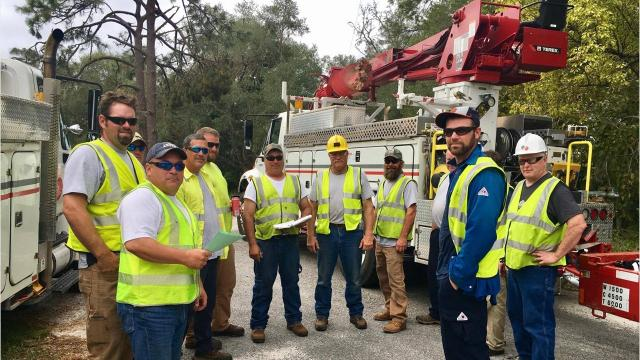 WPS crews help restore power in Florida after Hurricane Irma.