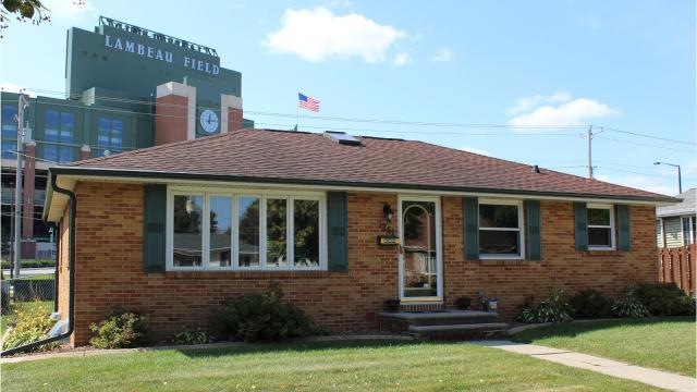 The owners of a two-bedroom house across Lombardi Avenue from Lambeau Field are seeking to sell the property for $1 million/
