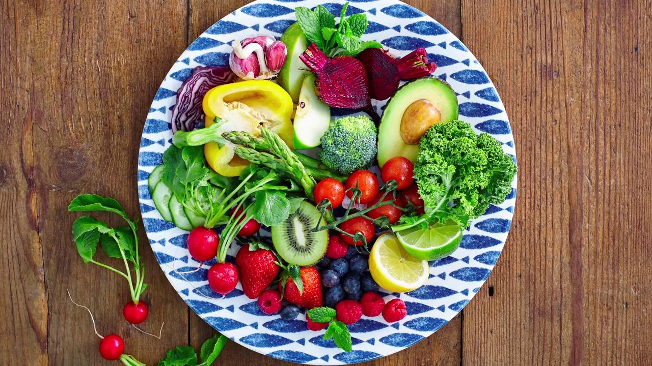 This weeks topic is add fruits and vegetables to your diet.  Healthy Oshkosh is a community partnership with the Oshkosh YMCA produced by Oshkosh Northwestern Media examining some of the topics that keep Oshkosh healthy.