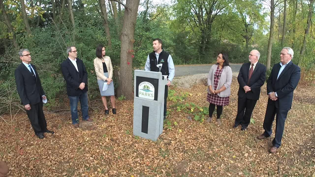 Officials on Oct. 6, 2017 announce plans to plow the Fox River Trail in 2018 in Green Bay, Allouez and through part of De Pere.