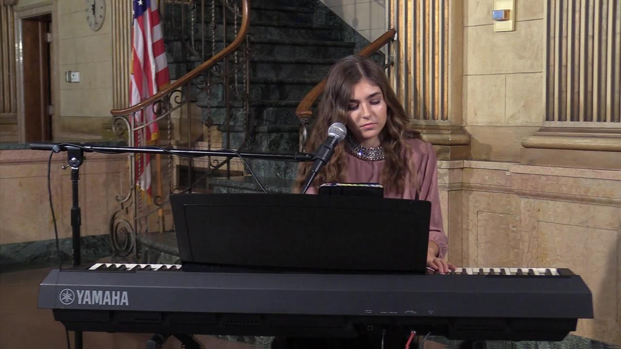 "Franki Moscato performs ""Me, Myself, and I"" for USA TODAY NETWORK-Wisconsin on Oct. 4, 2017."
