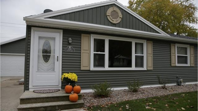 A rentable house on Shadow Lane across from Lambeau Field is available to rent for game weekends and includes everything from a viewing deck to custom Green Bay Packers decor.
