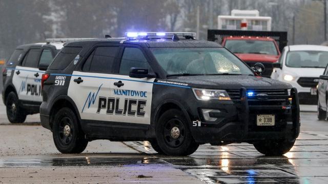Manitowoc police: Man was unresponsive behind wheel, had meth, THC and pills