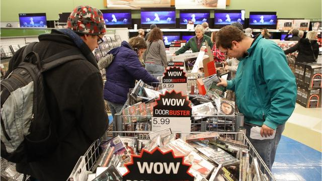 Thousands of customers hit Shopko's aisles Thursday afternoon to kickoff Black Friday shopping. (Nov. 23, 2017)