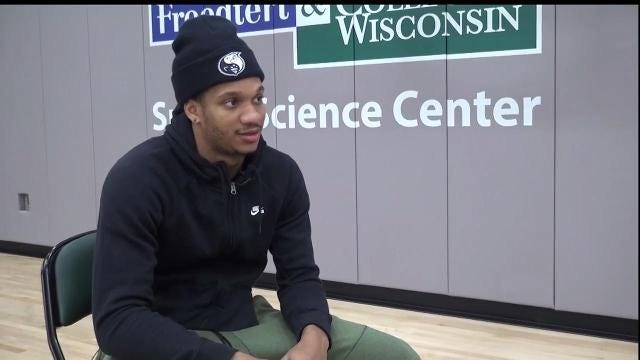 Bucks update: Matt Velazquez talks to Rashad Vaughn