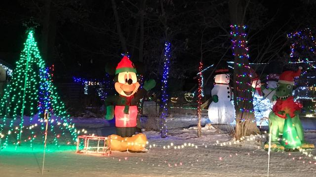 christmas lights displays in central wisconsin you dont want to miss