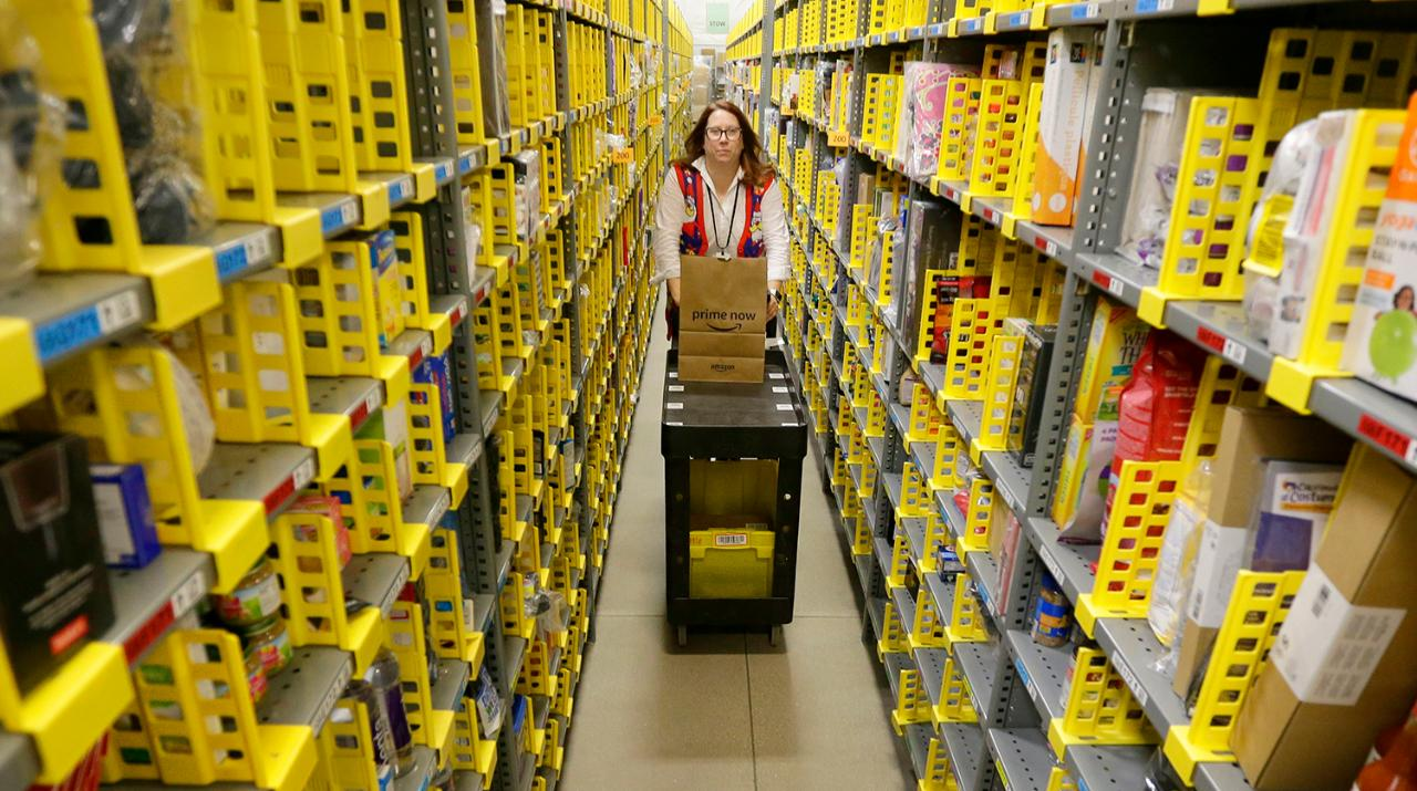 Amazon S Two Hour Prime Now Operation Amazes