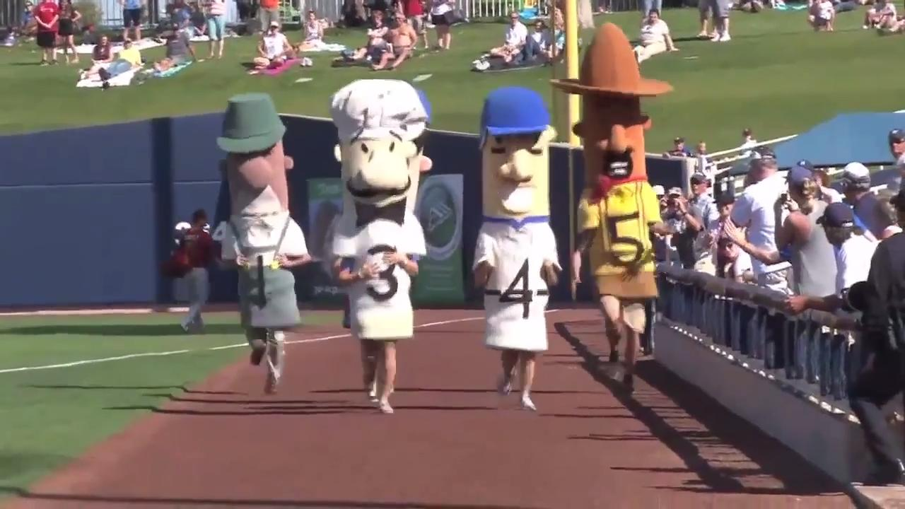 Milwaukee Brewers weigh in on sausage race