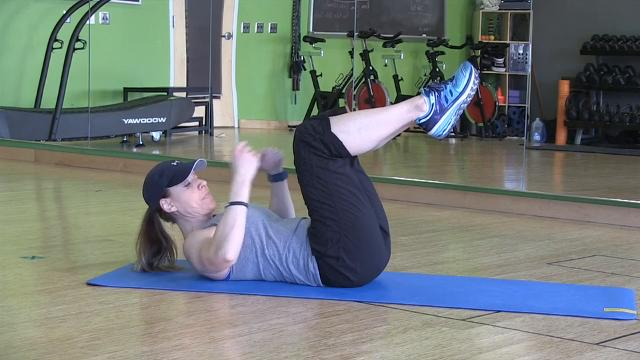 In Motion: Dead bug exercise