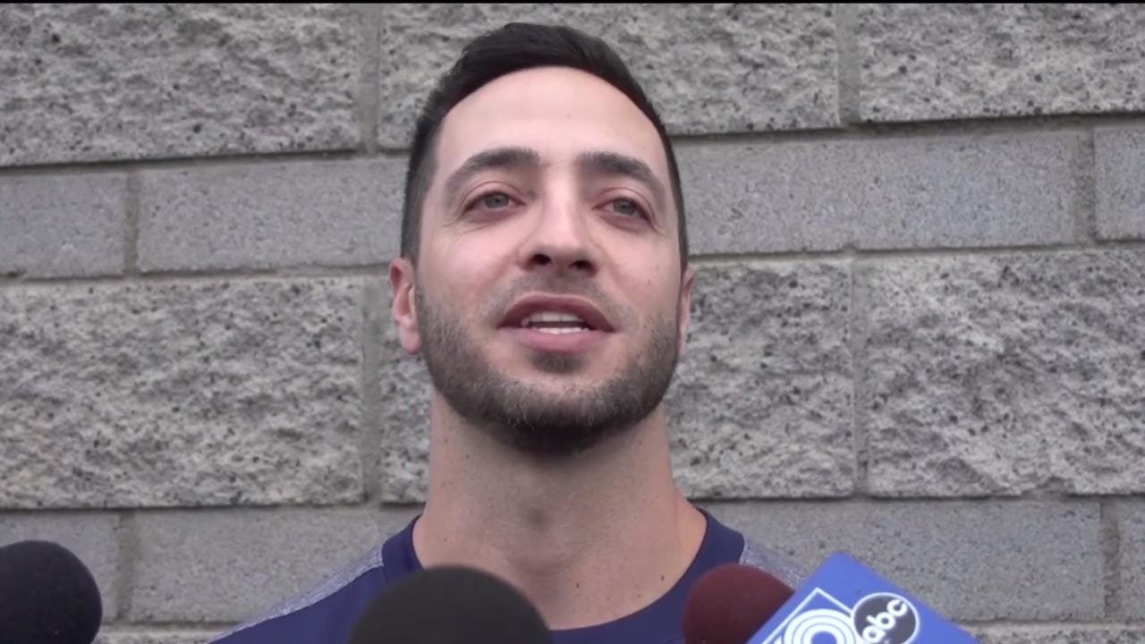 Ryan Braun discusses the differences that he will face playing both infield and outfield, the high expectations for this season and playing as he gets older.