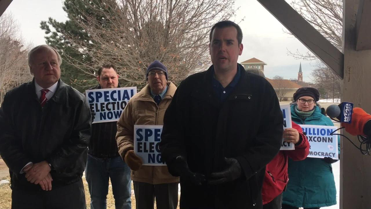 State representatives and local constituents gathered Thursday morning at a De Pere park to voice concerns about Gov. Scott Walker's decision to not hold a special election to fill vacant state Senate and Assembly seats.