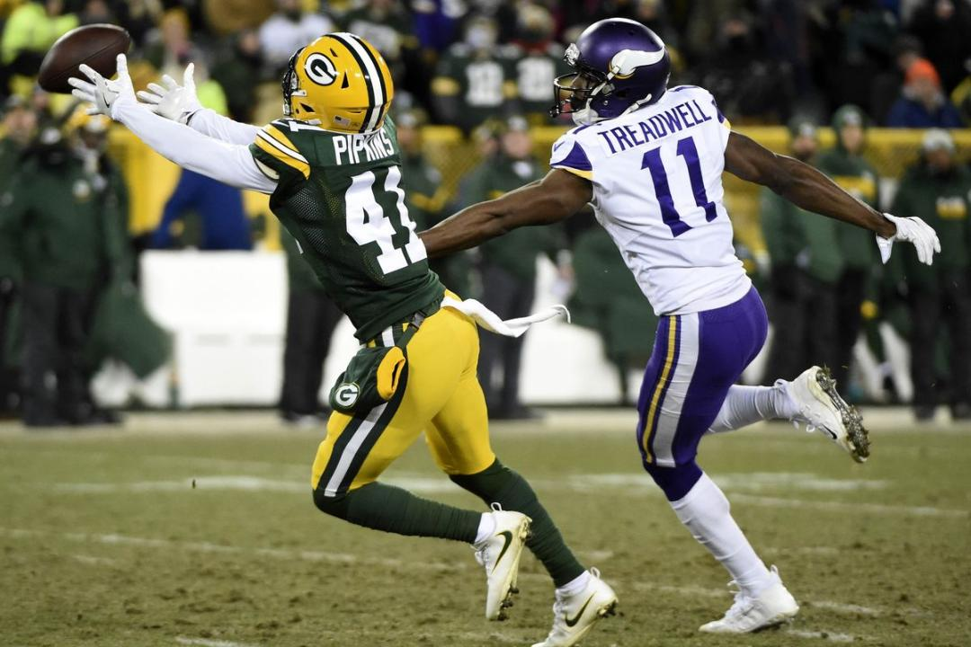 Aaron Nagler took to Facebook Live to talk the latest on the Packers and answer your questions. (Feb. 26, 2018)