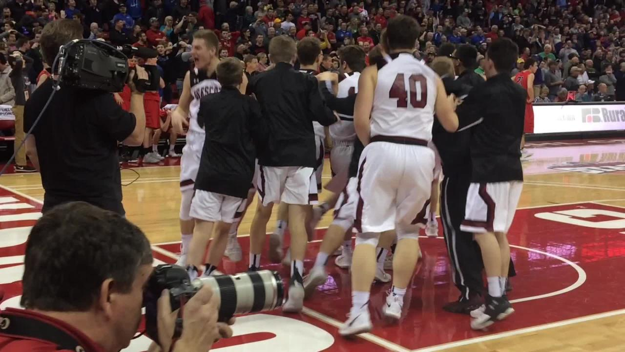 Prescott's three-point buzzer-beater stuns Valders in Saturday's WIAA Division 3 state championship game at the Kohl Center in Madison.