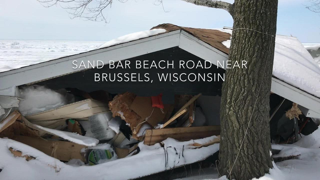 Heavy winds created ice shoves on the Green Bay and damaged buildings.