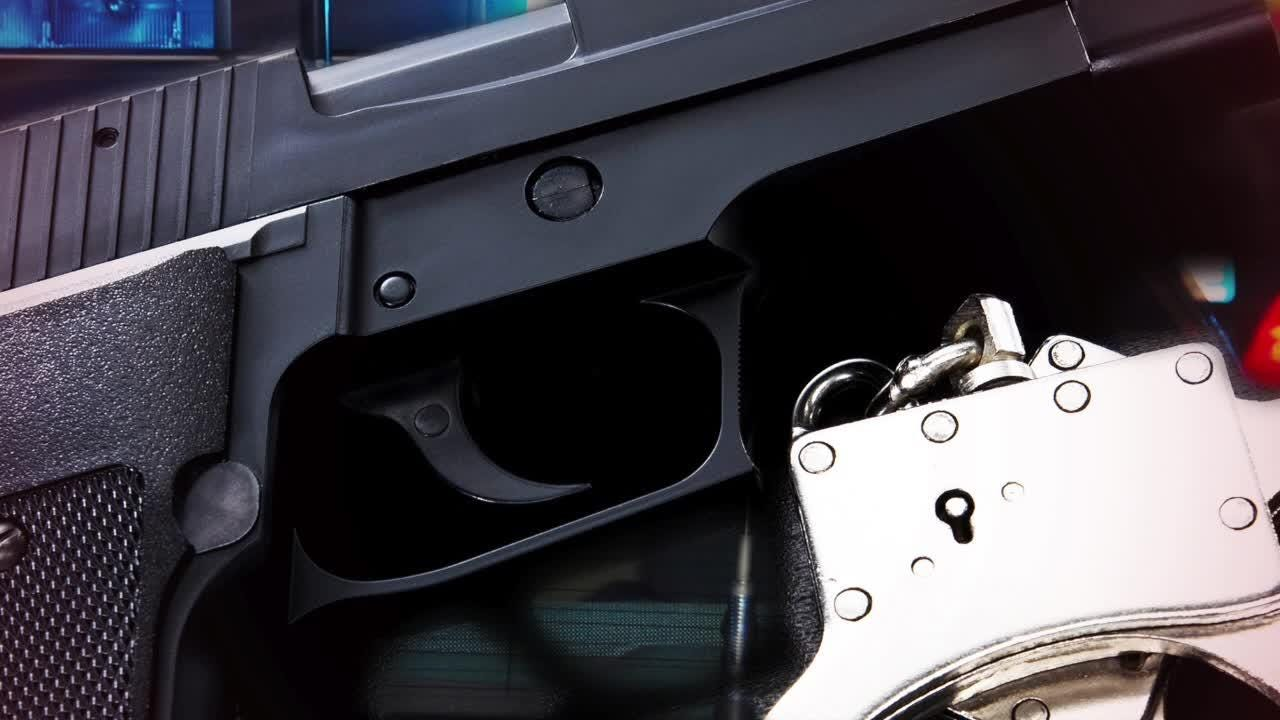 Listen to the 911 of call of a man who jumped into his car after being shot.