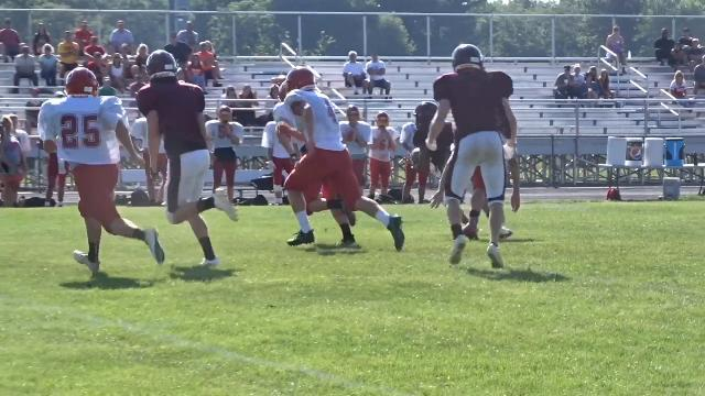 Licking Heights football hosts Big Walnut in scrimmage