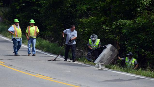 Three dead in crash on Ohio 158 in Liberty Township