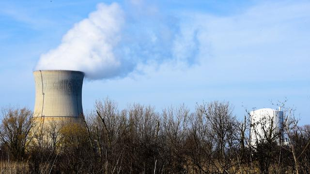 With the possibility of Davis-Besse Nuclear Power Station closing next year, FirstEnergy Nuclear Operating Co.'s president and chief nuclear officer Sam Belcher talks about the options to close a nuclear power plant: decommissioning or safe store.