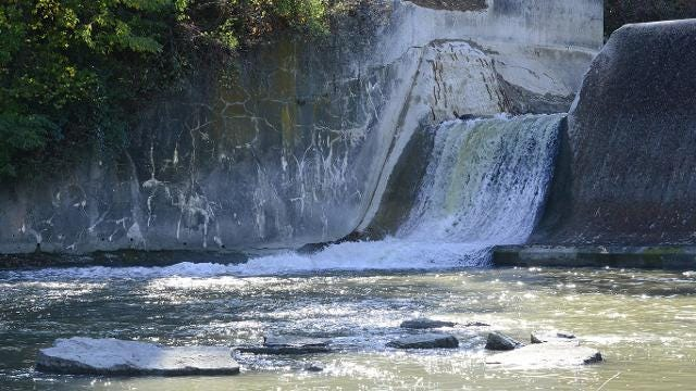 First notch in Ballville Dam